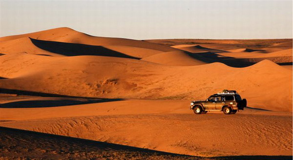 Knongoriin-Els-sand-dune.jpg