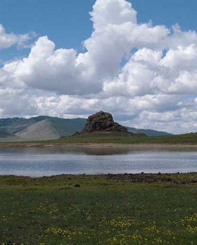 Terkhiin-Tsagaan-lake-2.jpg